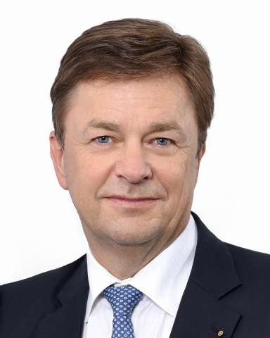 Dr. Torsten  Angermann